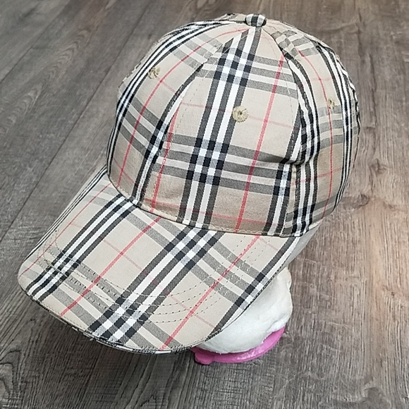 0650b2c55 Burberry London Vintage Cap With Adjustable Strap